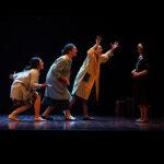 """Gada Azizieh, María de la Cruz, Andrea Izquierdo i Olga López, per """"No oblideu les seues veus"""" de la companyia Faràndula Teatre"""